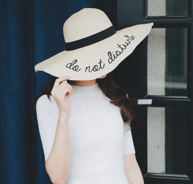 Chapeau do not disturb chapeau